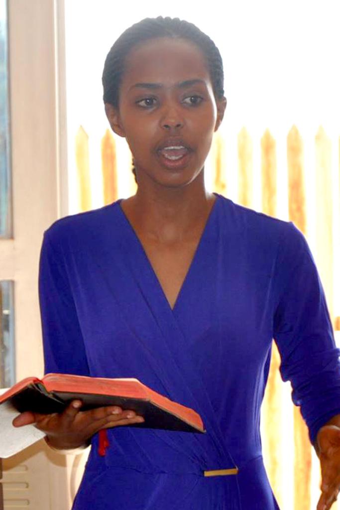 womensMinistryRwandaArleneApril2016